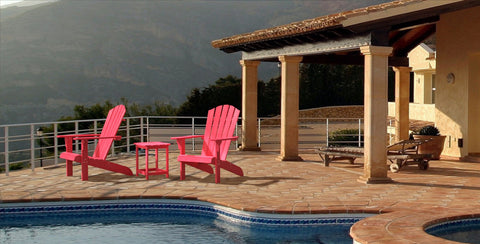 Outdoor Seating Design Inspiration: Poolside Style