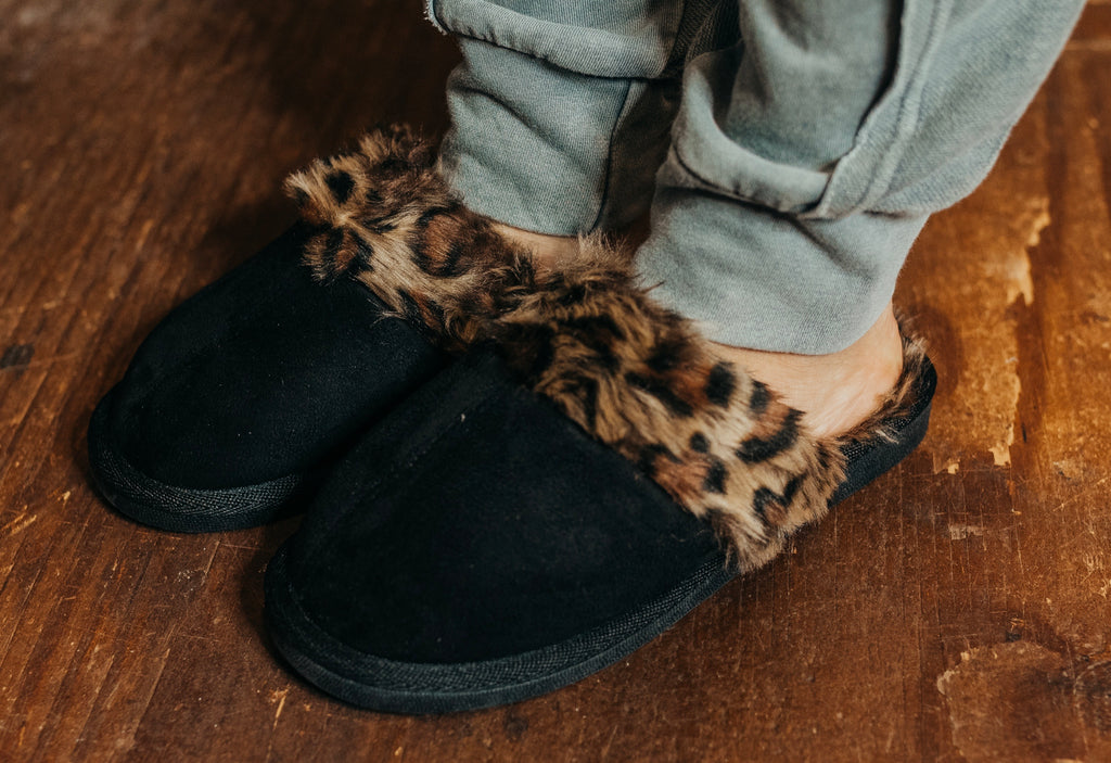 Snooze Black Leopard Slippers
