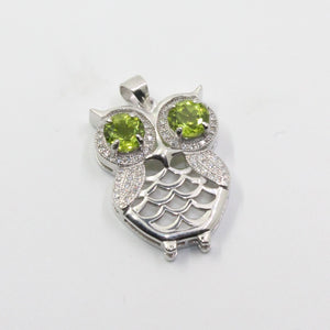 Cute Silver Owl Pendant with Peridot Gemstone