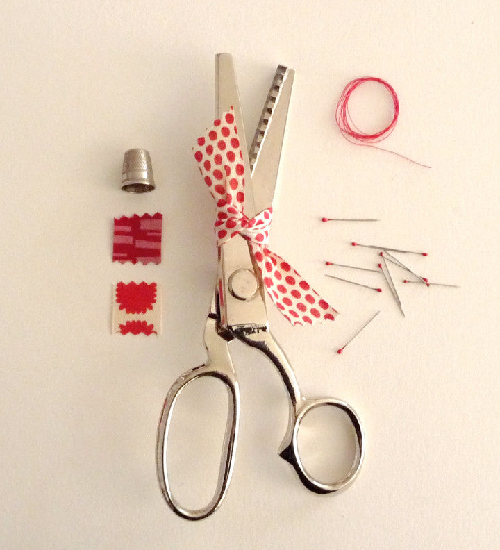 Tailor's pinking shears