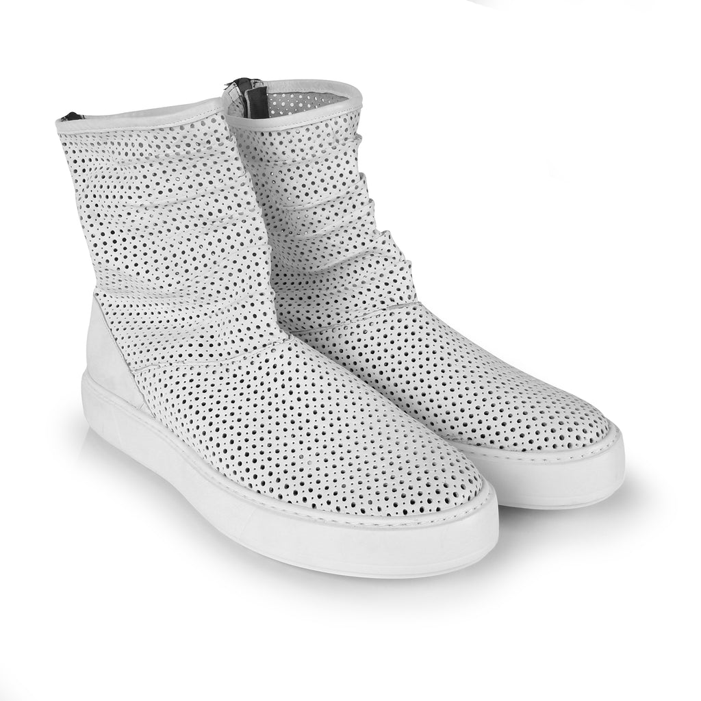 Blunt- SG2015 White Hole Punched Summer Boots- Unisex