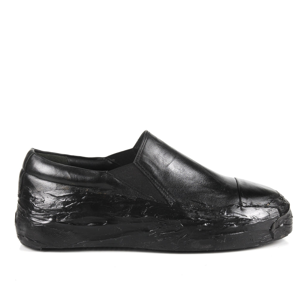 Margo Black- SG4065 Black Glue Detailed Slip-On