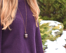 Load image into Gallery viewer, Acorn Jewelry, Acorn Necklace, Acorn Pendant, Nature Inspired Jewelry, Organic Jewelry, Woodland Necklace, Nature Lover Gift