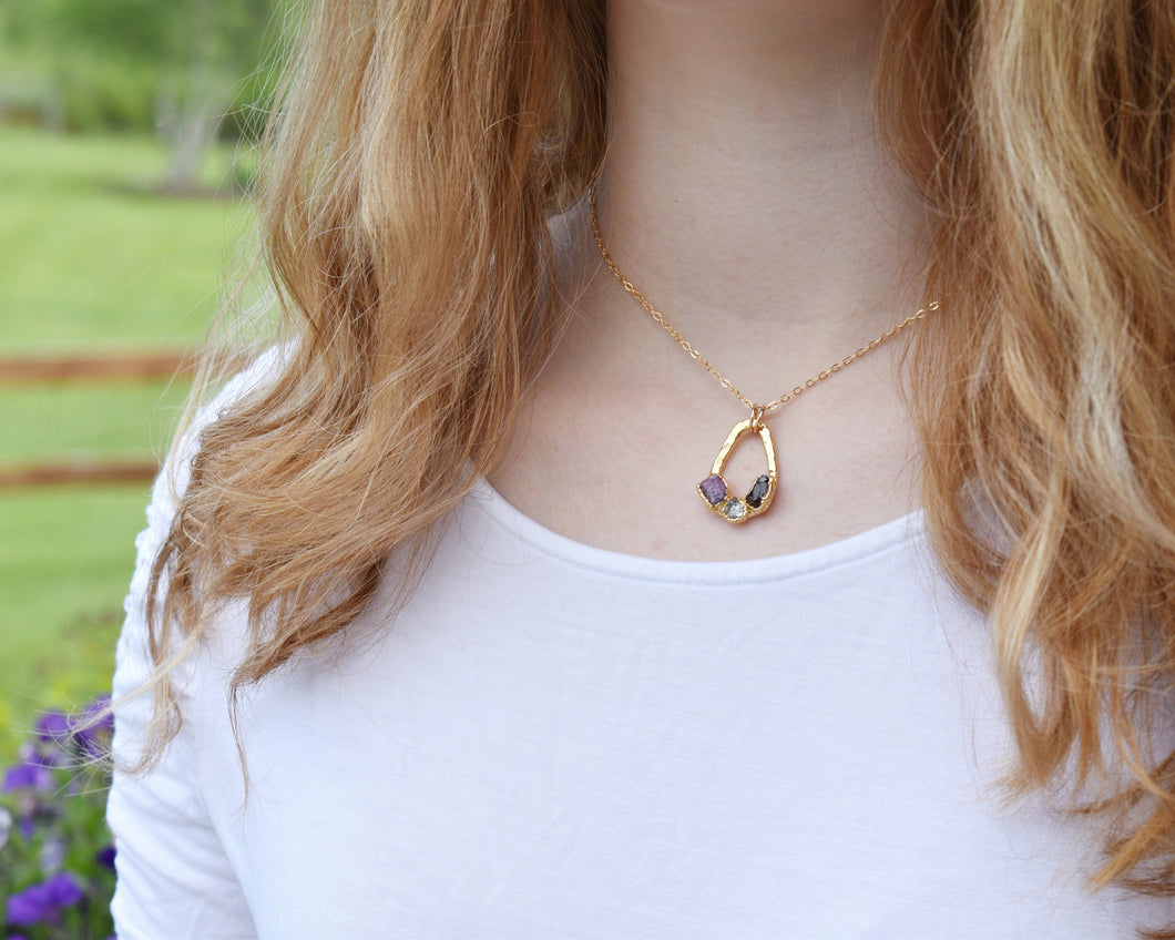 Teardrop Necklace Gold, Teardrop Pendant Gold, Teardrop Necklace, Custom Birthstone Necklace, Raw Gold Pendant, Custom Family Necklace