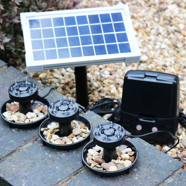 Solar powered pond lights with battery backup