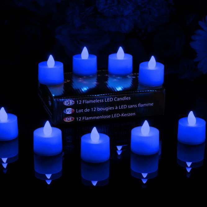 Set of 12 blue tealights