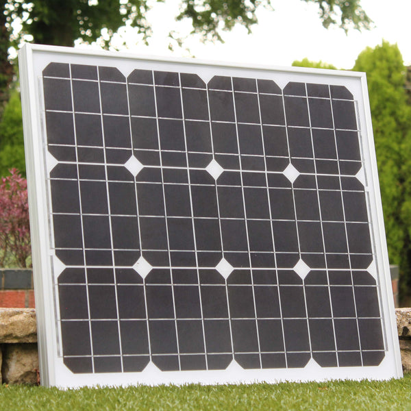 solar panel kit with charge regulator
