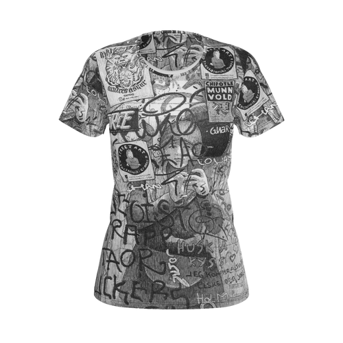 NEW: I.T. Hammar Self Portrait in the Loo all-over print 100% cotton t-shirt