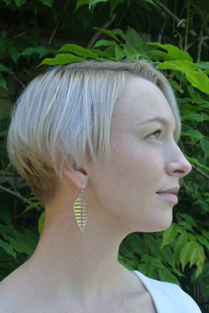leaf shaped earrings, sterling silver leaf earrings, korut studio