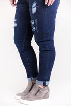 Load image into Gallery viewer, True to Your Heart KanCan Distressed Jeans [Raw Hems]