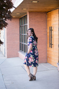 Snack Pocket Dress [Navy Floral]