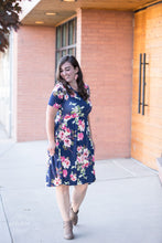 Load image into Gallery viewer, Snack Pocket Dress [Navy Floral]