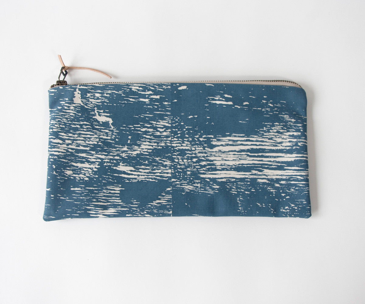 Wood Grain Study Zip Bag in Smoke Blue with Beige Zipper