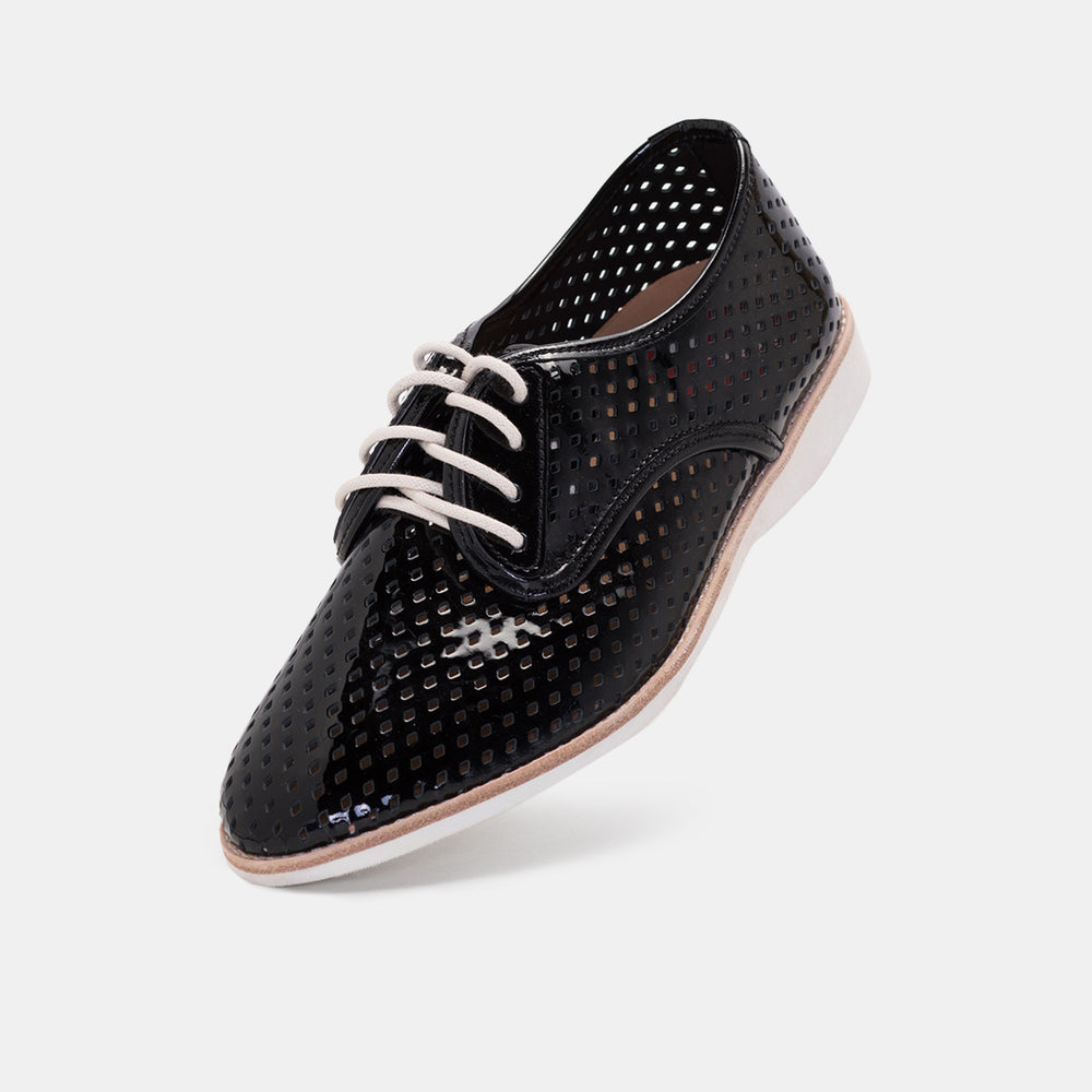 Derby Punch Black Patent