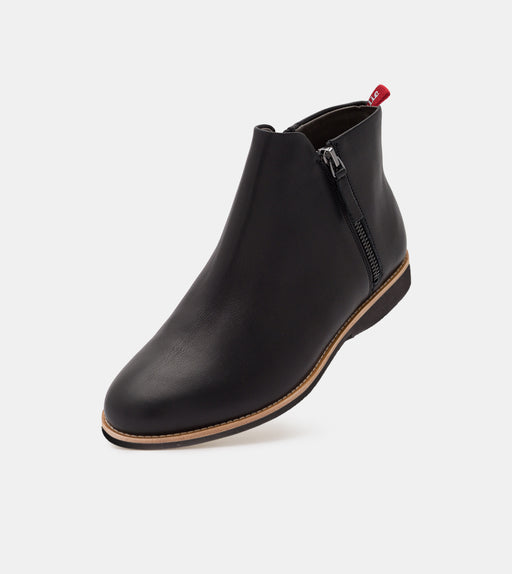 Side Zip Boot All Black