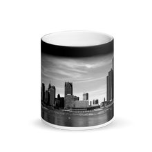 Load image into Gallery viewer, Detroit Skyline - Matte Black Magic Mug