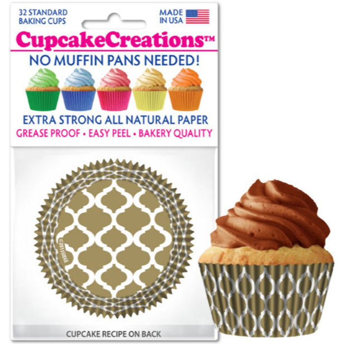 Gold Quaterfoil Cupcake Liner, 32 ct.