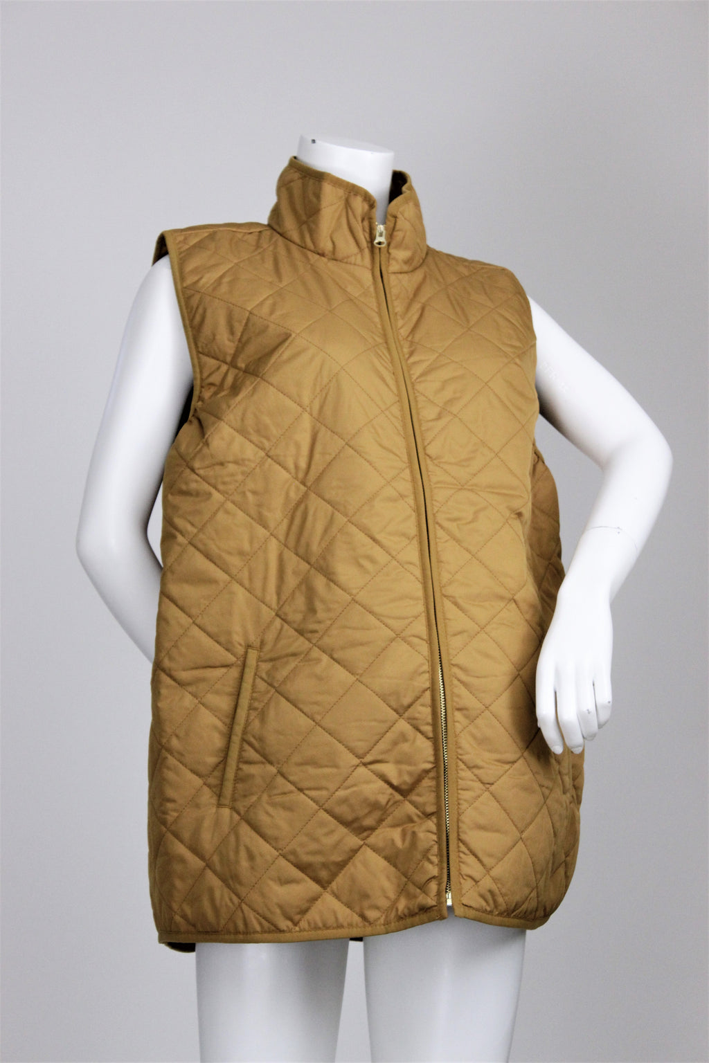 Old Navy - Quilted Vest with Pockets - XL