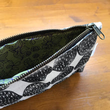 Load image into Gallery viewer, ZIPPER POUCH #3