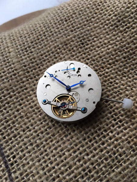 2L44 mechanical automatic power reserve movement 35 jewels - ALPHA EUROPE