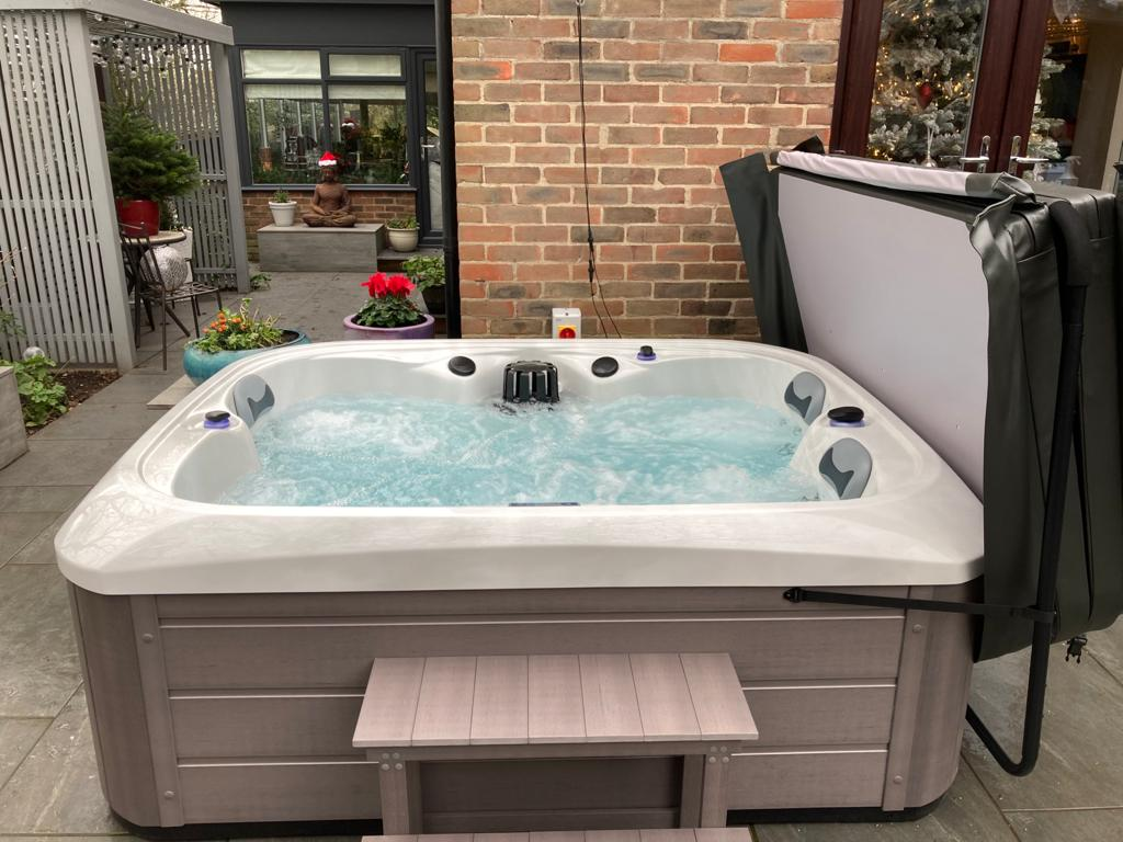 Https Collections Jacuzzi Hot Tub For And Spa Parts Spares Accessories Packs Equipment Overviewv1488445332