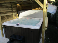 Hot Tub Installation for Saunt