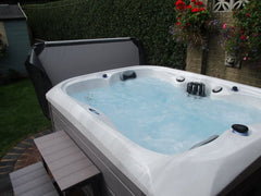 Hot Tub Installation for Elsom