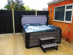 Hot Tub Installation for Offen