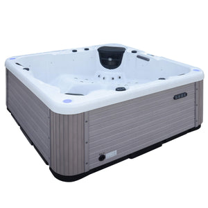 Outdoor Mist Hot Tub