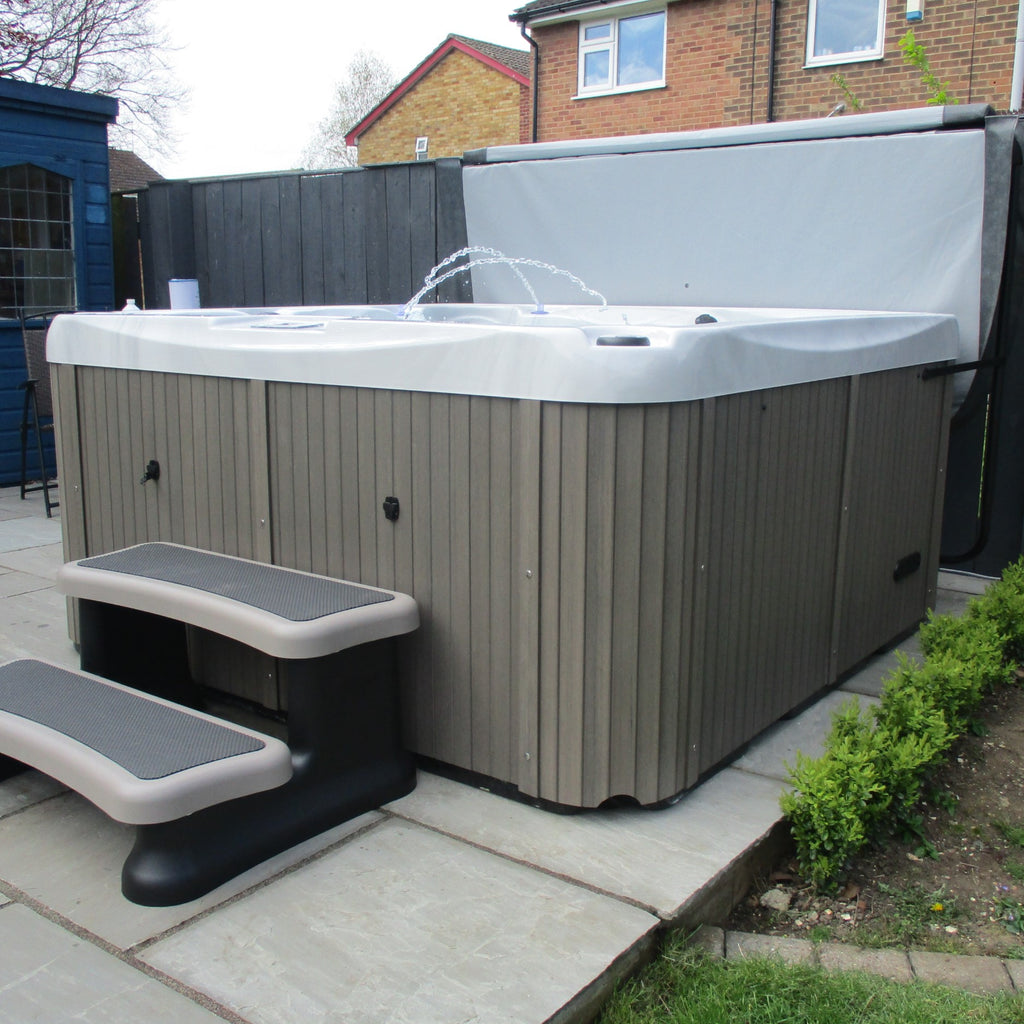 Outdoor Time Hot Tub