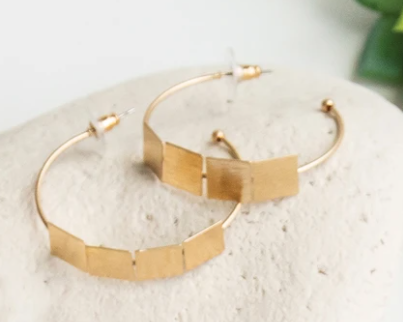 Pipa Gold Earrings