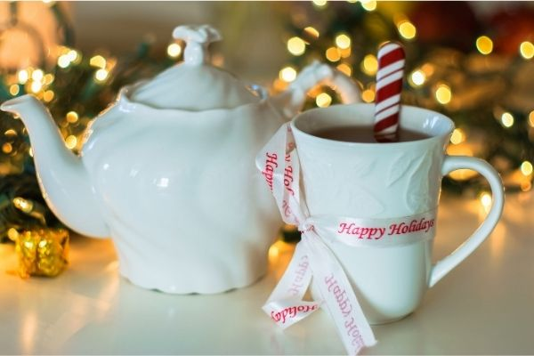 Holiday mugs for your desk decoration