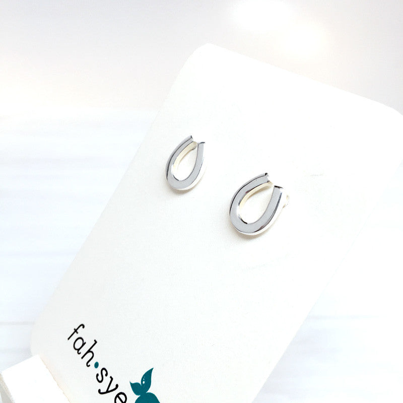 Sterling Silver Horseshoe earrings