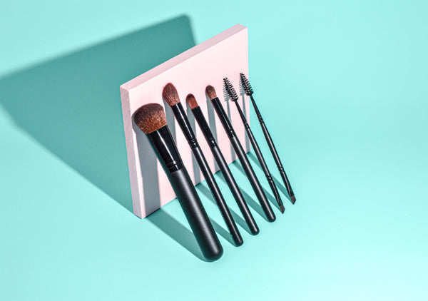 Eye Definer Brush - Alluring Minerals