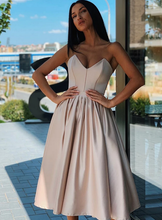 Load image into Gallery viewer, [ Darlene ]Sweetheart Satin Dress Short Prom Dress Party Dress