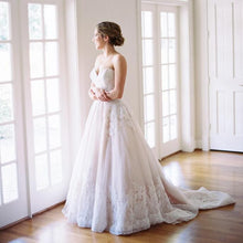 Load image into Gallery viewer, [ Alberta ] Sweetheart Lace Wedding Dress Lace Bridal Gown
