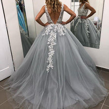 Load image into Gallery viewer, [ Roxanne] Ballgown Style Wedding Dress Prom Dress