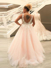 Load image into Gallery viewer, [ Rose ] Blush Pink Ballgown Lace Appliqués Tulle Wedding Dress
