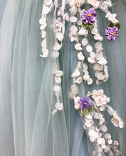 Load image into Gallery viewer, [ Agnes ] Vintage Tulle Flower Appliqués Prom Dress