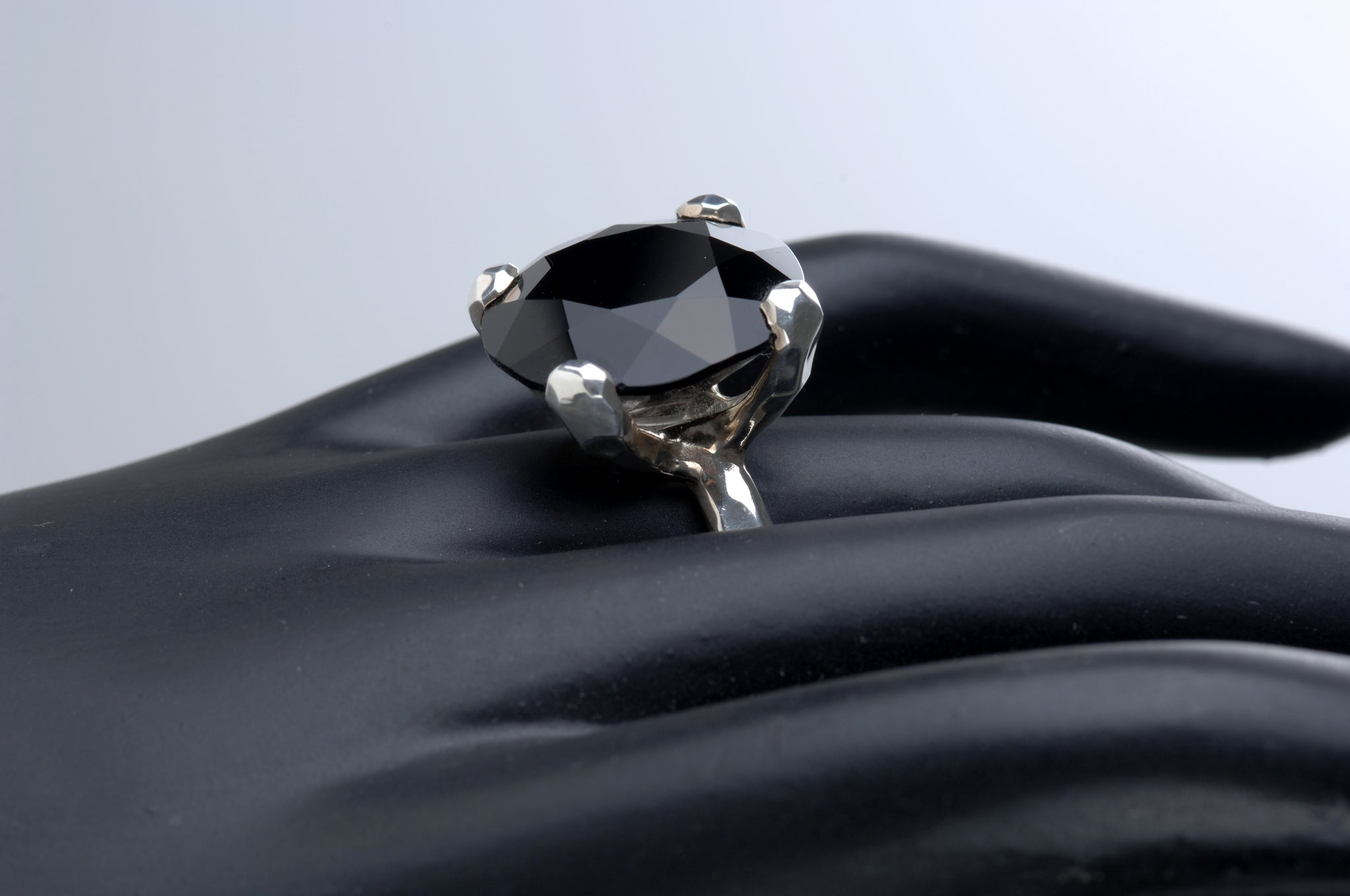 Black Star Ring