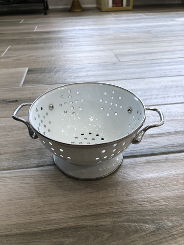Golden Rabbit - Small Colander - White