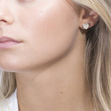 Load image into Gallery viewer, Earrings Amore with white zirconia