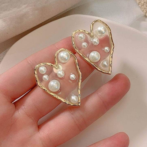 Chic Heart Pearl Earrings