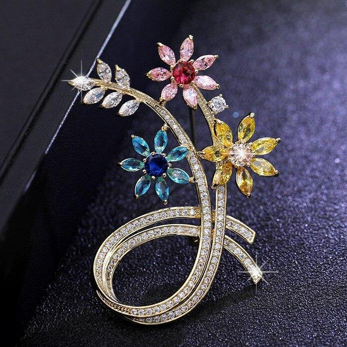 Luxurious Flower Brooches