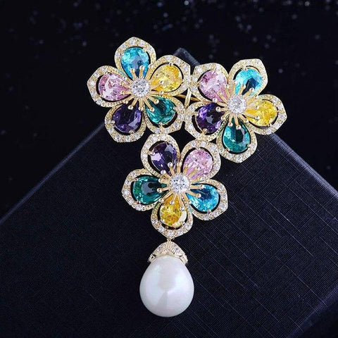 Delicate Flower Pearl Brooches