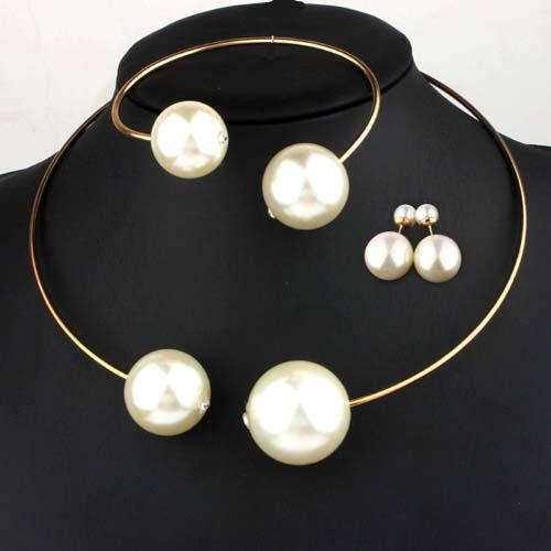 Pearl Choker Jewelry Set
