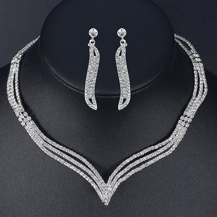 Silver Evening Jewelry Set