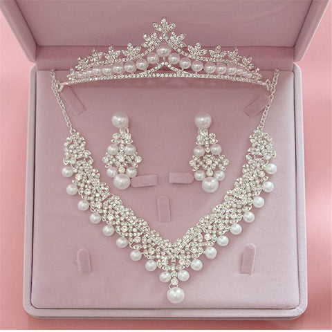 Magnificent Pearl Bridal Jewelry Sets