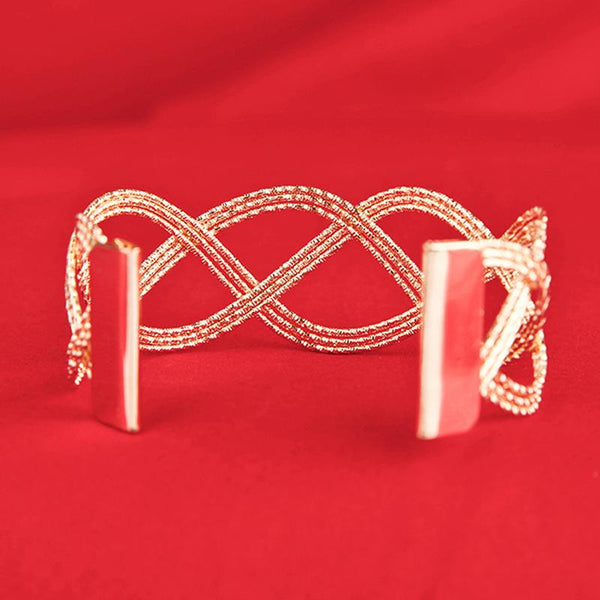 Hollow Swirl Chic Cuff Bracelet