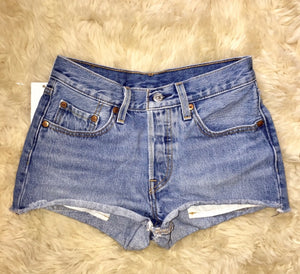 THE SCAVENGER COLLECTION: Women's Levi 501 Denim Shorts - Size 24